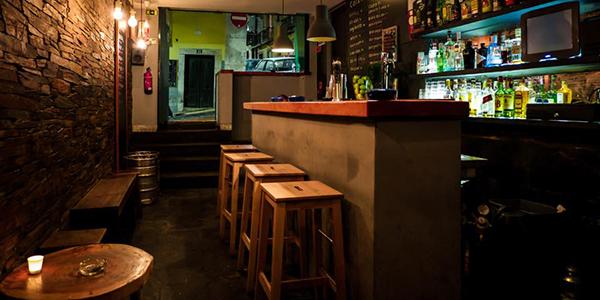 IL_nightlife_drink_esquina da bica