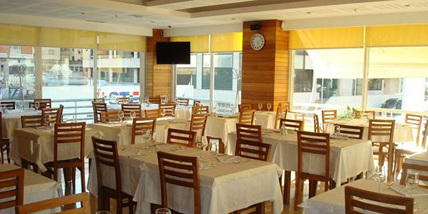 il_restaurantsfish_domfeijao