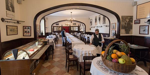 IL_Cafes_Martinho da Arcada